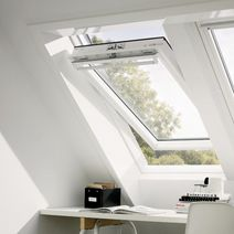 volet roulant velux solaire ssl fen tres. Black Bedroom Furniture Sets. Home Design Ideas