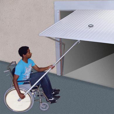 kit pour porte basculante pour personne mobilit r duite ext rieur. Black Bedroom Furniture Sets. Home Design Ideas