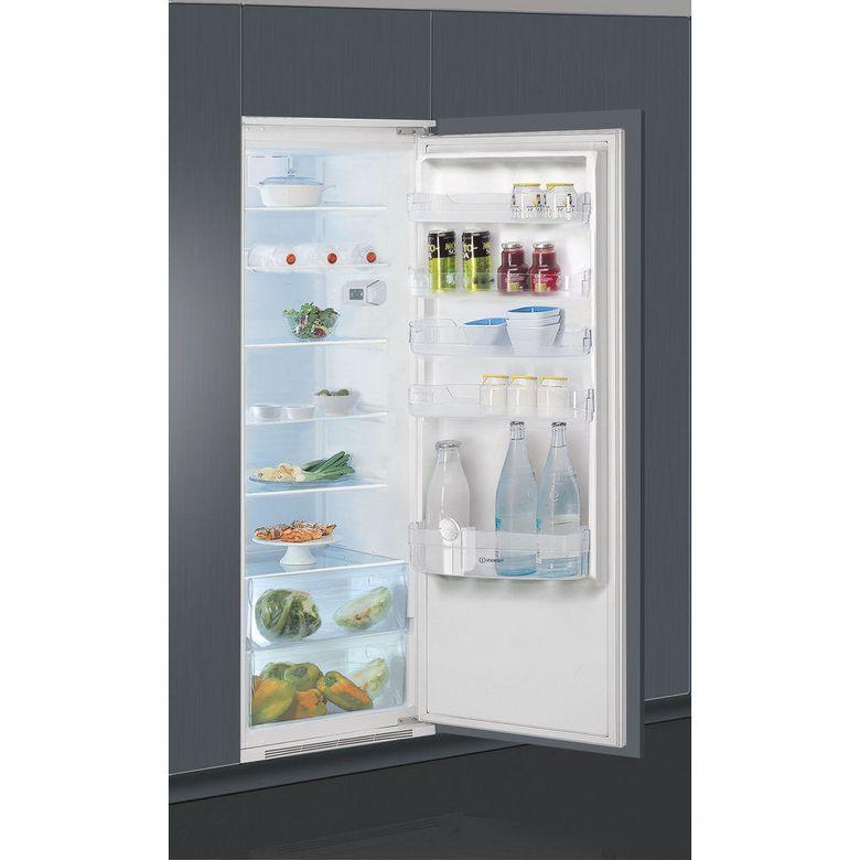 Réfrigérateur monoporte intégrable Indesit SIN1801AA