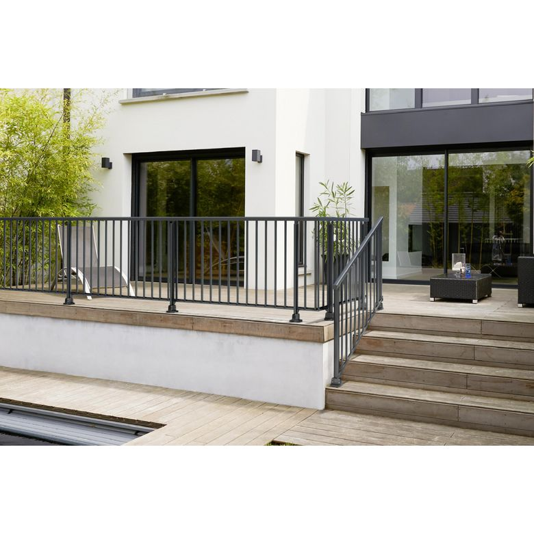 Balustrade obeissante en aluminium kit de fixation for Balustrade aluminium exterieur