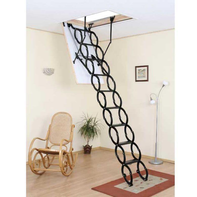 Echelle escamotable accord on en acier escaliers - Echelle de meunier lapeyre ...