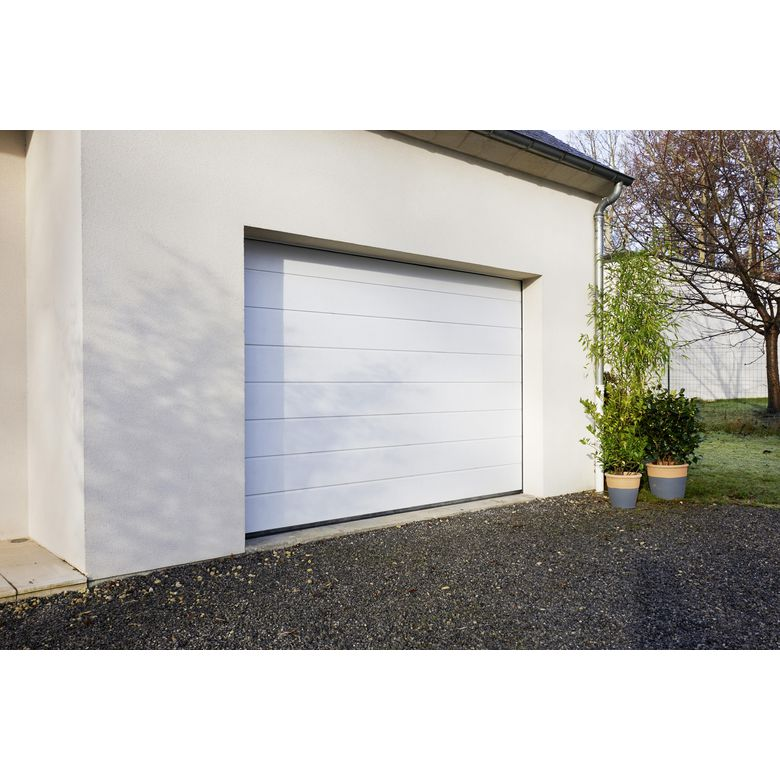 Porte de garage oregon sectionnelle en kit motoris e ext rieur - Prix porte garage sectionnelle motorisee ...