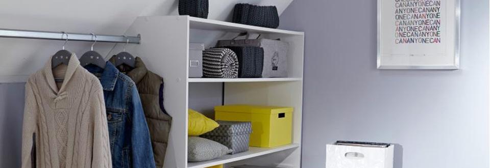 am nager une niche en espace de rangement. Black Bedroom Furniture Sets. Home Design Ideas
