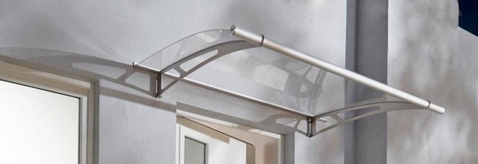 poser une marquise sur votre fa ade de maison. Black Bedroom Furniture Sets. Home Design Ideas