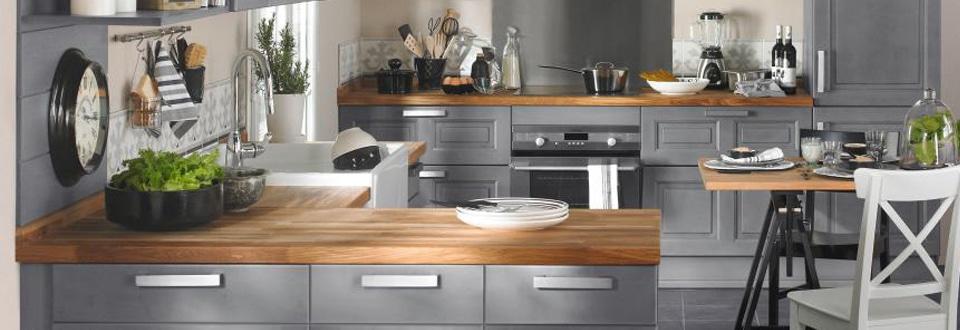 Credence verre led elegant credence cuisine aluminium for Credence cuisine a coller