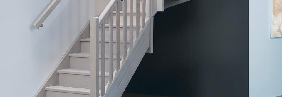 r nover un escalier avec le kit r novation de marche. Black Bedroom Furniture Sets. Home Design Ideas