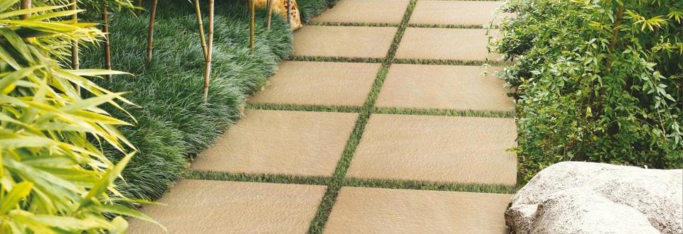 Le rev tement de sol pour terrasse et jardin - Installer des dalles de jardin ...