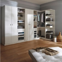 am nager un placard sur mesures moindre prix. Black Bedroom Furniture Sets. Home Design Ideas