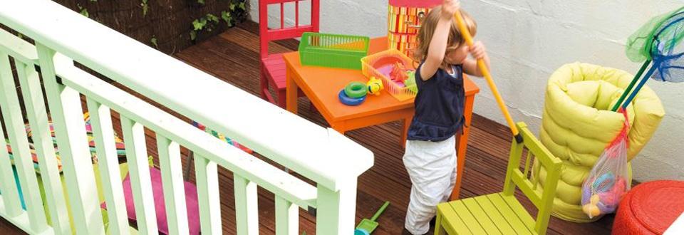 poser des caillebottis de terrasse un chantier simple et rapide avec cette vid o lapeyre. Black Bedroom Furniture Sets. Home Design Ideas