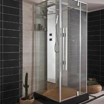 Une salle de bain qui permet de concilier bain et douche - Remplacer baignoire par douche ...