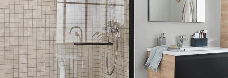 douche toutes nos douches pour la salle de bains lapeyre. Black Bedroom Furniture Sets. Home Design Ideas