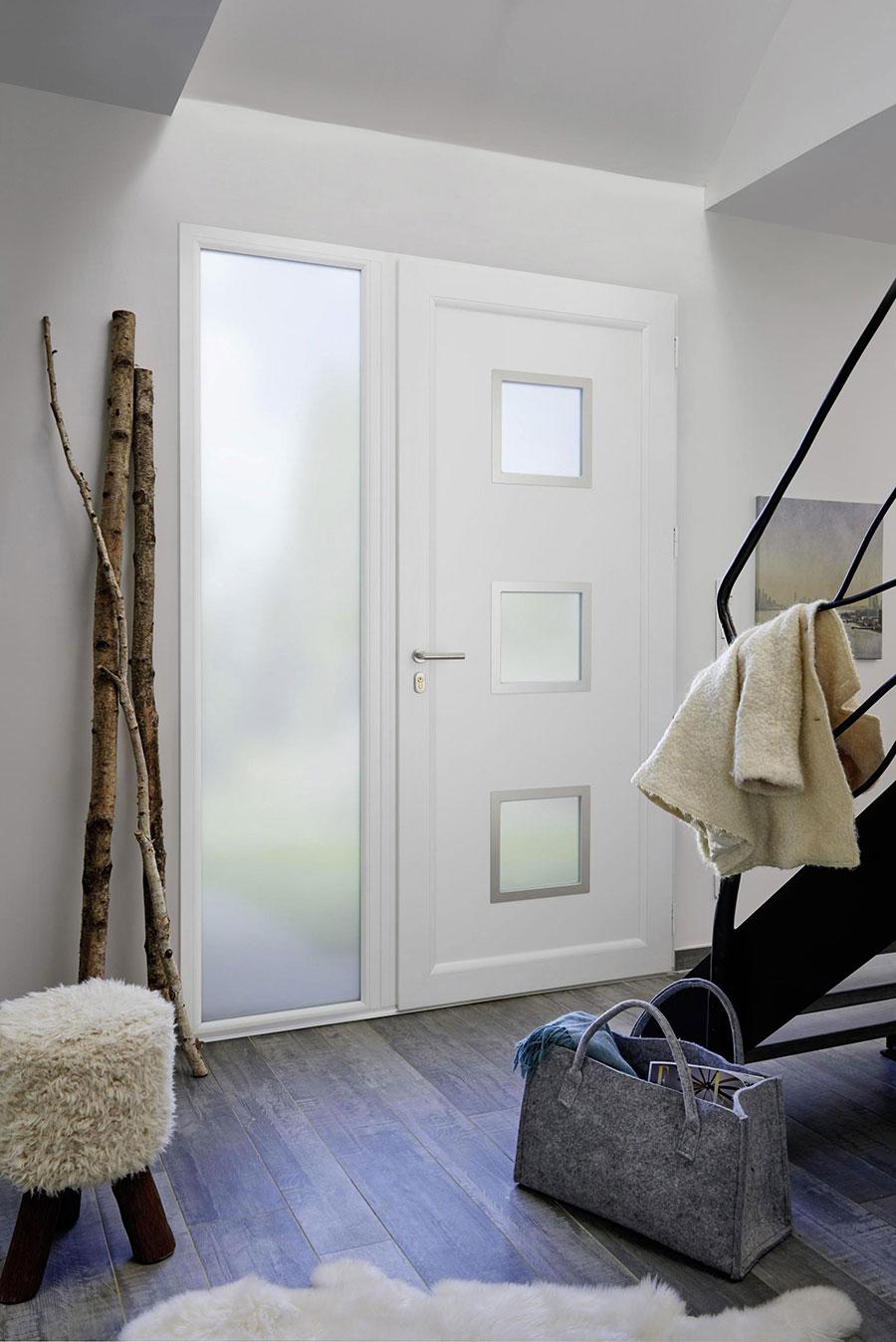 Porte d 39 entr e moderne lapeyre for Porte isolation phonique lapeyre