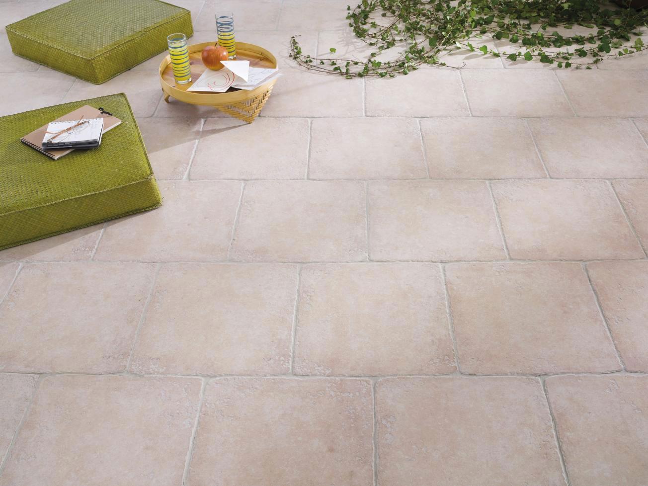 Nettoyer Joint De Carrelage conseils et astuces pour entretenir une terrasse en carrelage